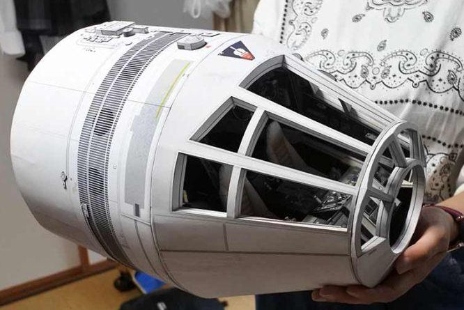 Star Wars — Millennium Falcon Cockpit Paper Model In 1/12 Scale